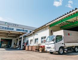 有限会社山田房屋より株式会社フサヤに組織変更、本社を三条市から燕市へ移転する。